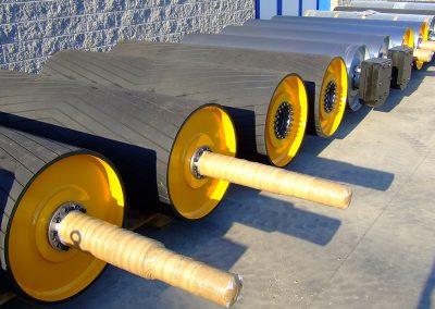 Tamburi per movimentazione sfusi serie di tamburi gommati e supporti speciali su specifica del cliente